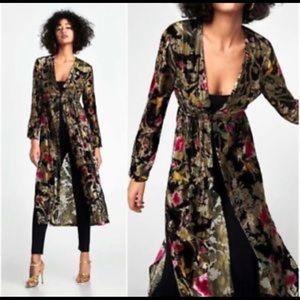 Zara Black Velvet Jacquard floral Kimono